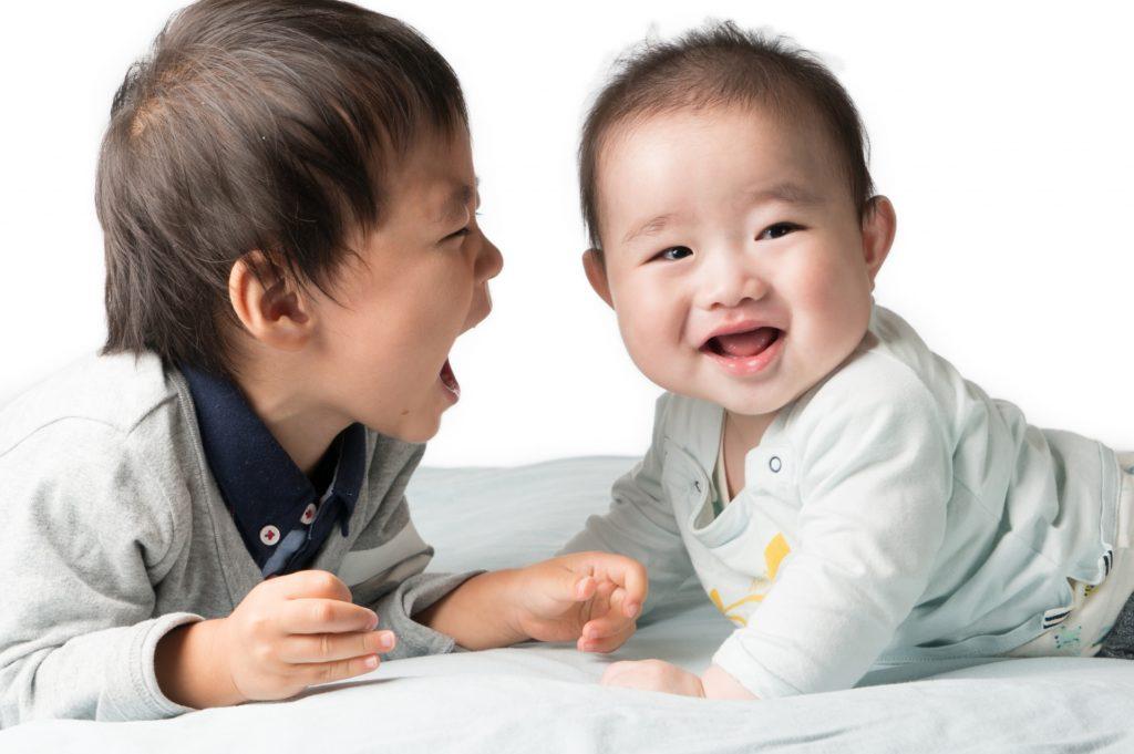 笑顔な赤ちゃん3383396_m