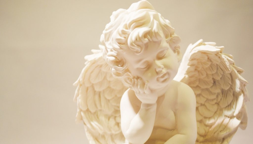考える天使